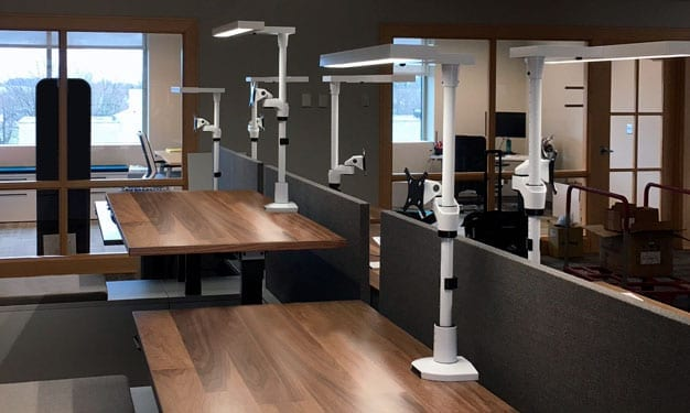 tambient-application-staxx-single-on-height-adjustable-desks